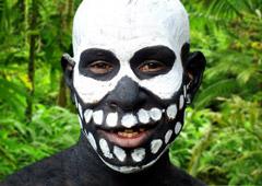 Сколько стоит съездить в гости к папуасам