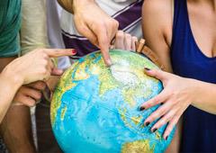 Если турист просит другой глобус