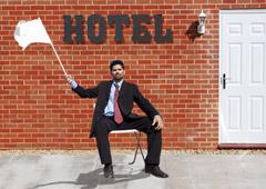 Мини-отели Красной Поляны выбросили белый флаг