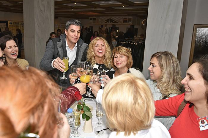 C любовью к Греции, с мыслями о России
