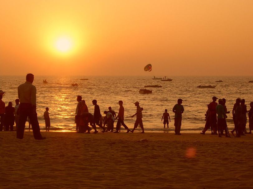 sunset-1168551_1920.jpg