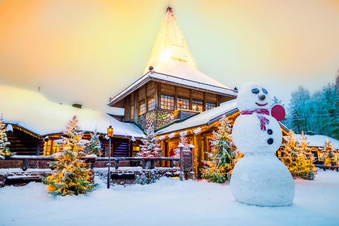 Santa claus village lapland_shutterstock_597095582.jpg