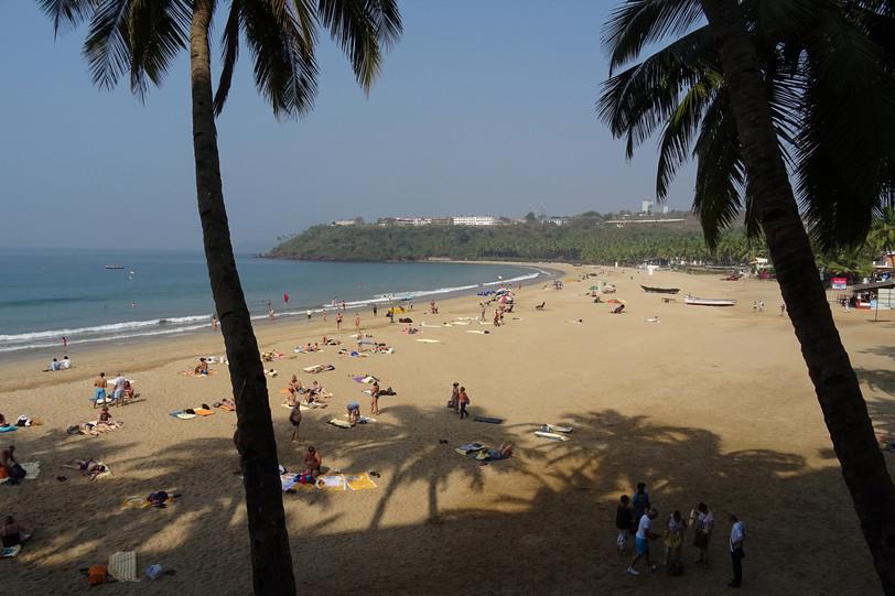 beach-2053038_1920.jpg