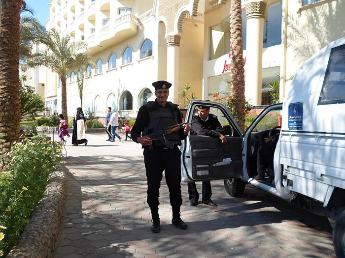 Египет под запретом, но с туристами